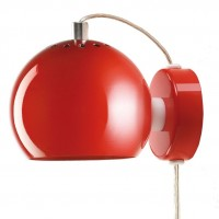 Ball-seina-punainen